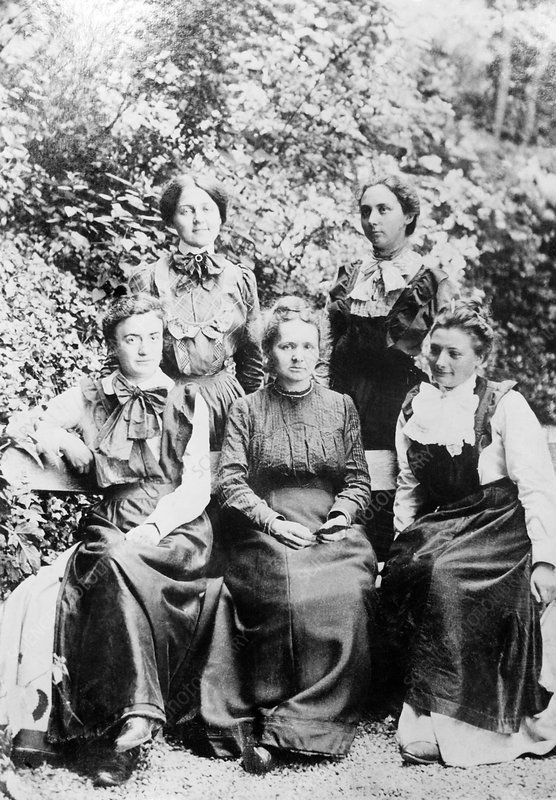 Marie Curie and students, 1910s