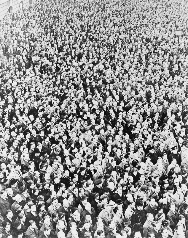 VE Day crowd, London, 1945