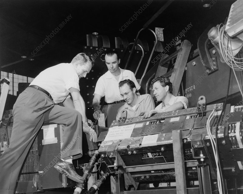Antineutron discovery team, 1956