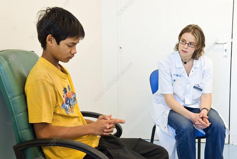 Paediatric hypnosis session - Stock Image C014/2993 ...