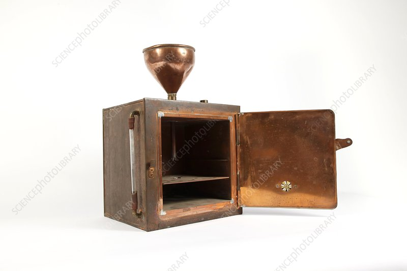 Early 20th Century copper steriliser