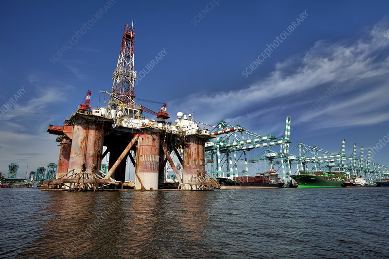 Oil rig maintenance