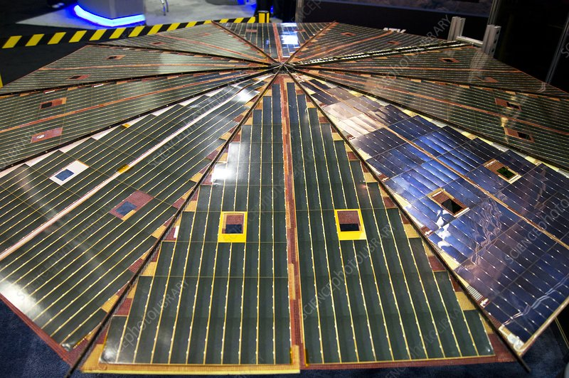 Circular spacecraft solar array - Stock Image C014/9298 ...