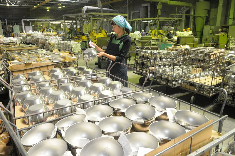 Domestic metalware production