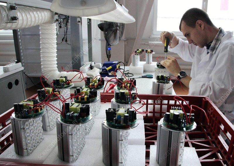 Manufacture of LED light bulbs