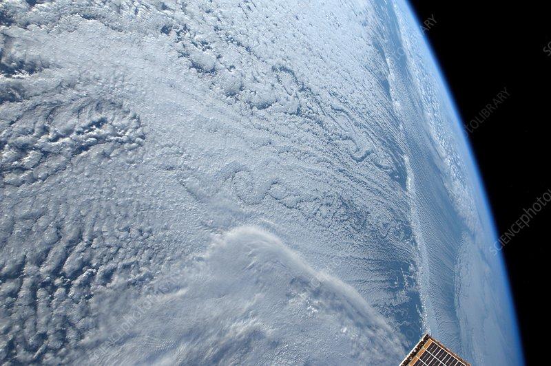 Von Karman vortex cloud, ISS image