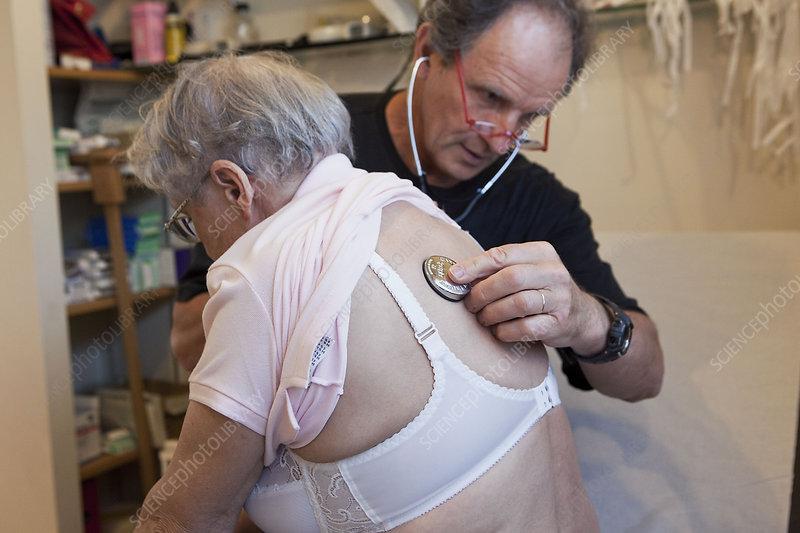 auscultation, elderly person