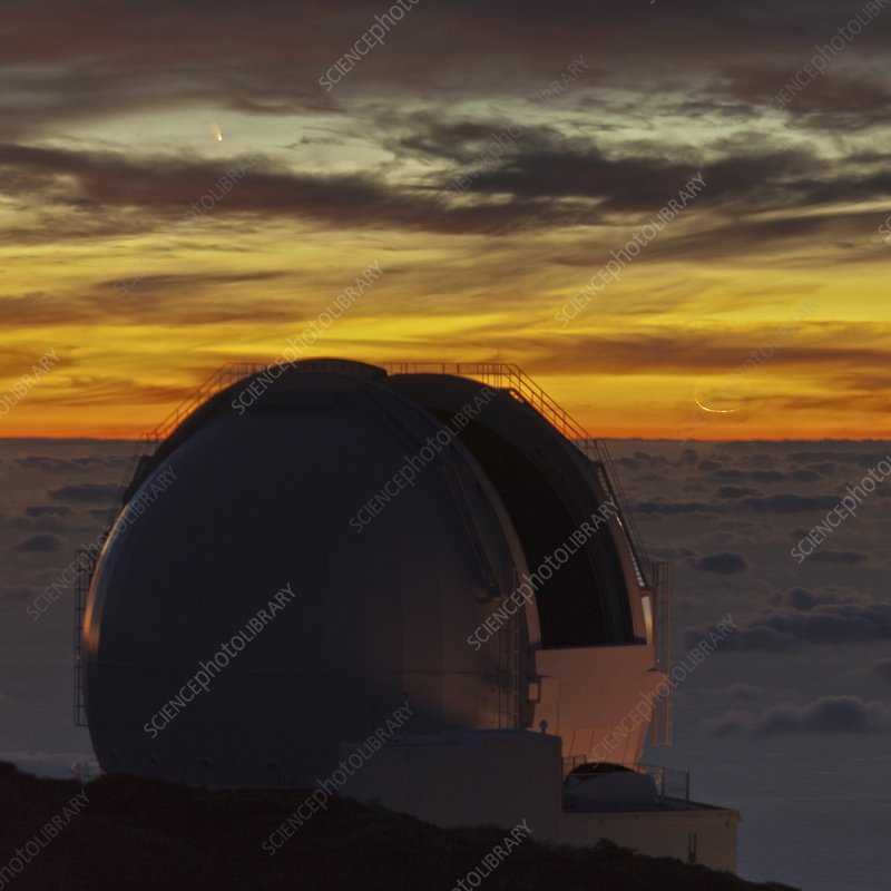 Comet PanSTARRS over telescope dome