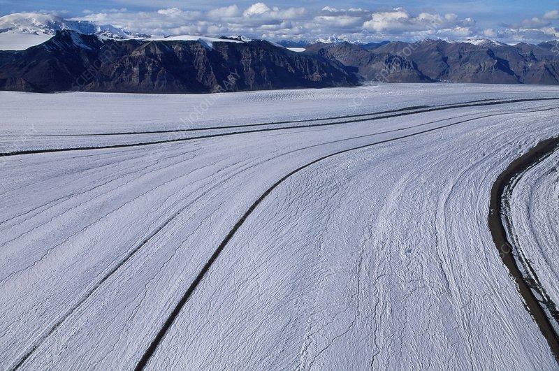 Nabesna Glacier, aerial view