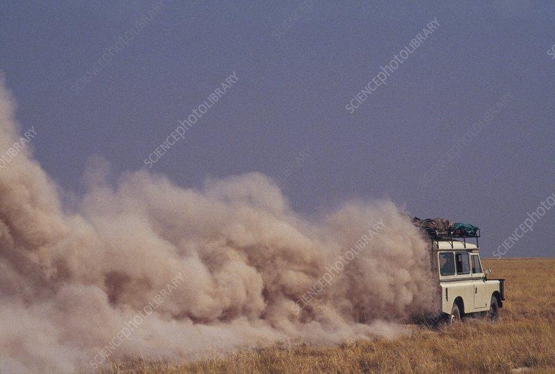 Vehicle in dust, Makgadikgadi Pans