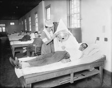 Hospital phototherapy session, 1920s