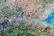 London, true-colour satellite image