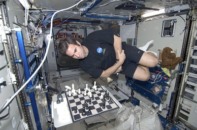 Astronaut chess game on the ISS