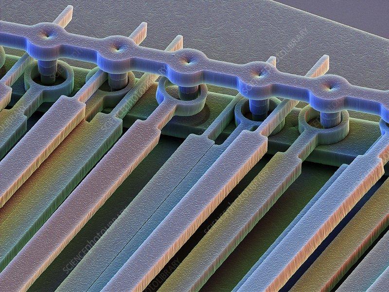 MEMS nanophotonic filter, SEM