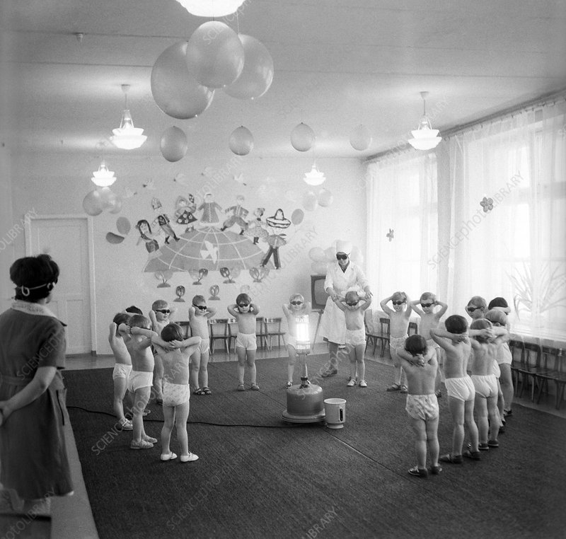 Light therapy in school, 1979