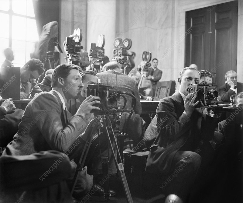 Reporters filming law hearings, 1939