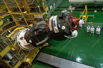 Soyuz-TMA spacecraft launch preparations
