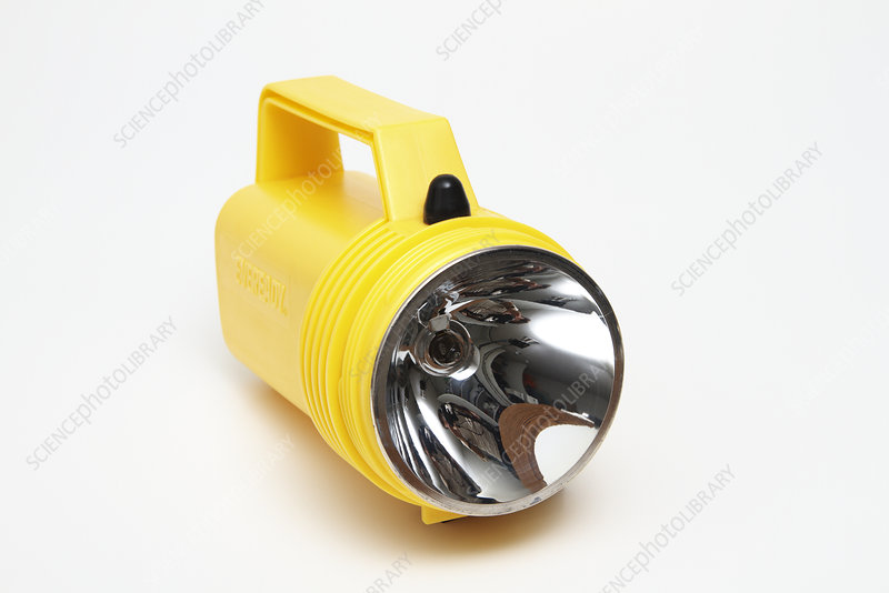Concave reflector in a flashlight