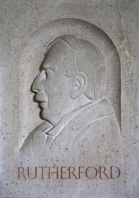Ernest Rutherford, sculpture