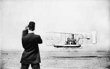 Wright Model A aircraft flight, 1909