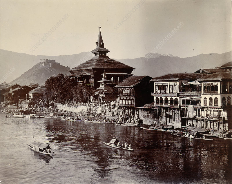 View on the Jhelum at Srinagar