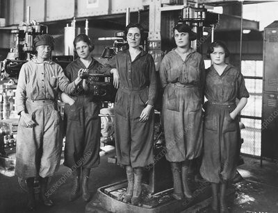 Industrial factory workers, 1919