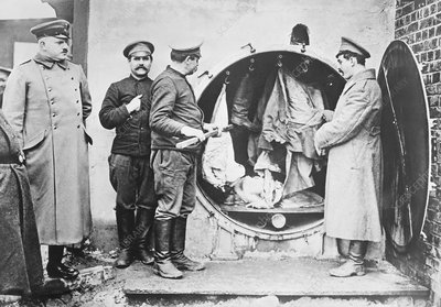 Disinfecting prisoners clothes, WWI