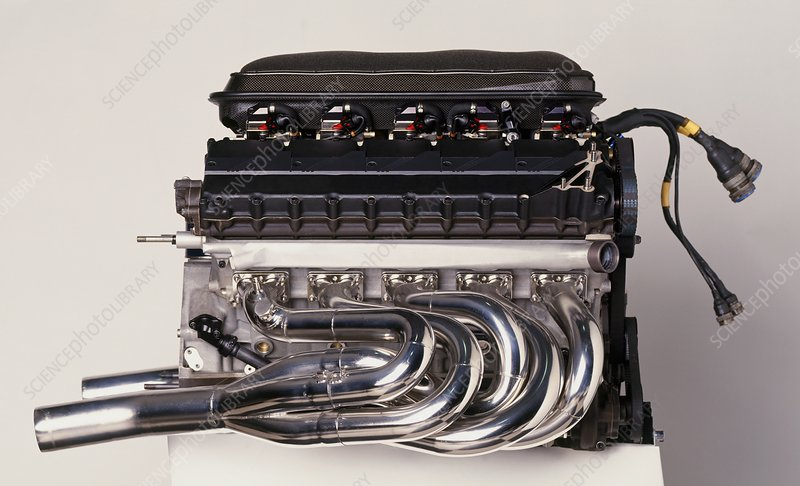 Renault V10 RS1 racing car engine