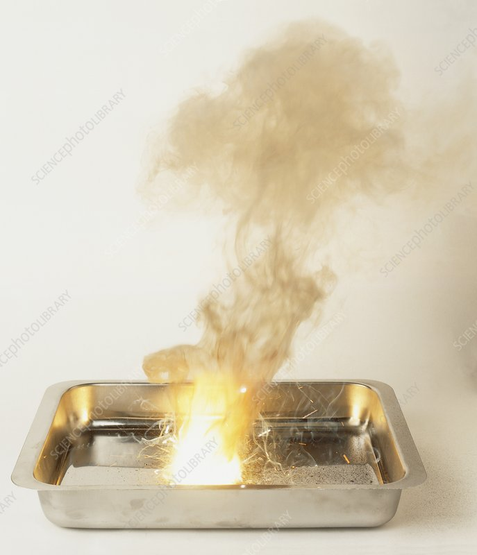 Metal tray with explosive thermite