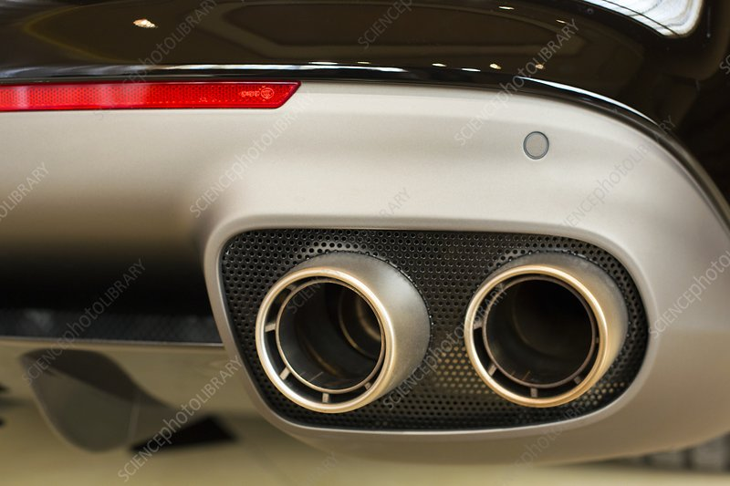 Exhaust pipes of a Ferrari California