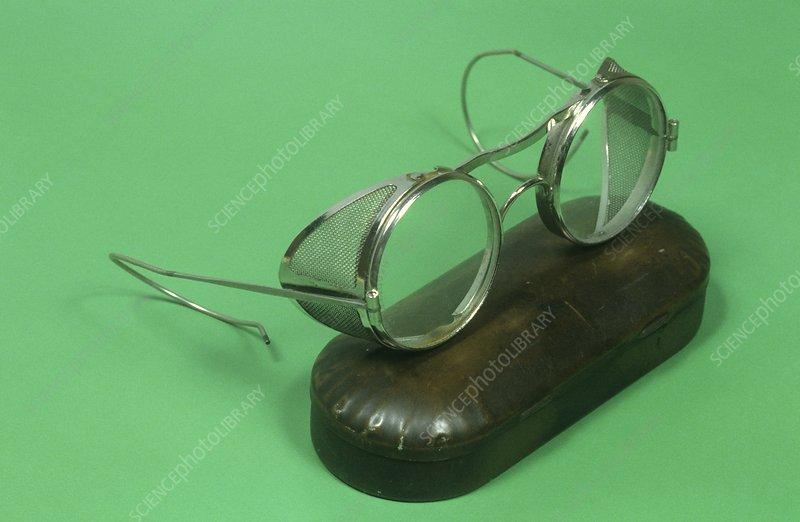 Protective goggles, circa 1910