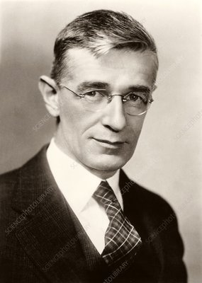 Vannevar Bush, US electrical engineer