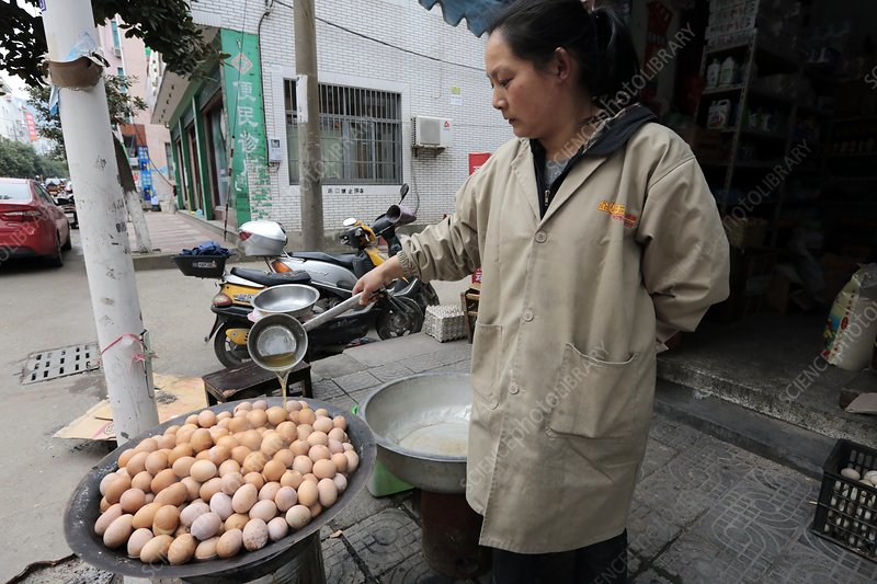 Cooking eggs with urine, China