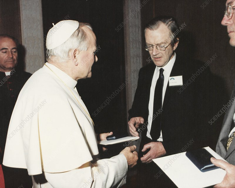 The Pope and Maurice Wilkins, 1980