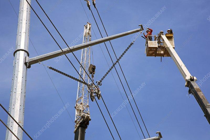 High voltage power line construction