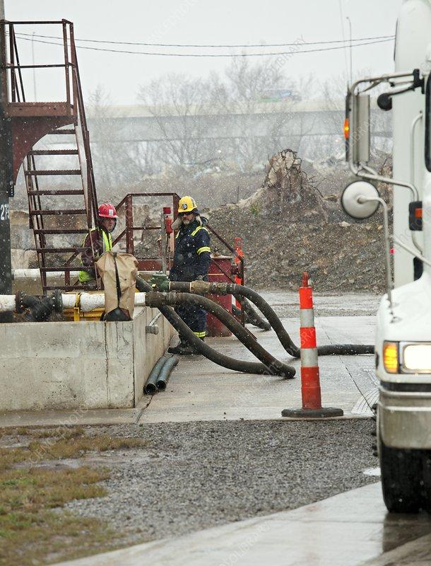 Disposal of fracking waste