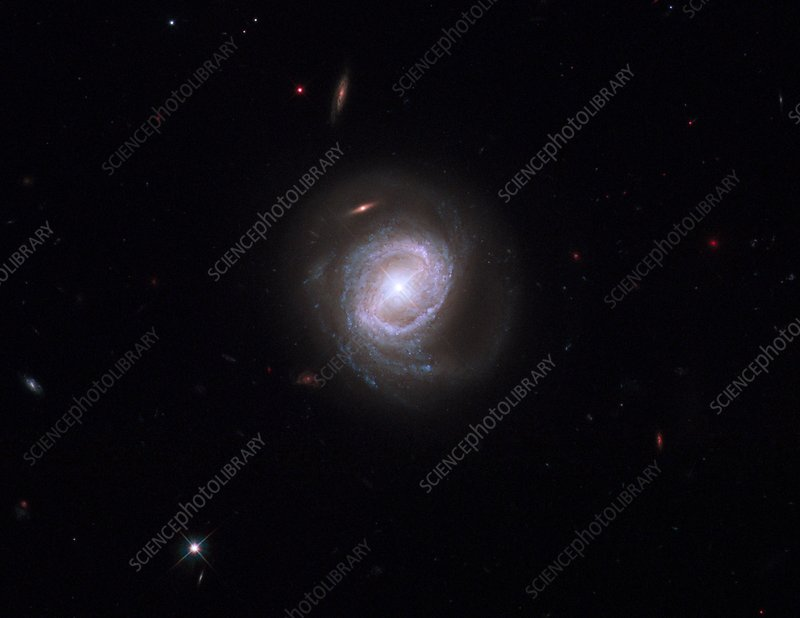 Active galaxy Markarian 817, HST image