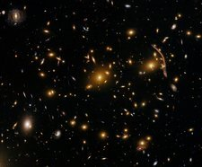Galaxy cluster Abell 370, HST image