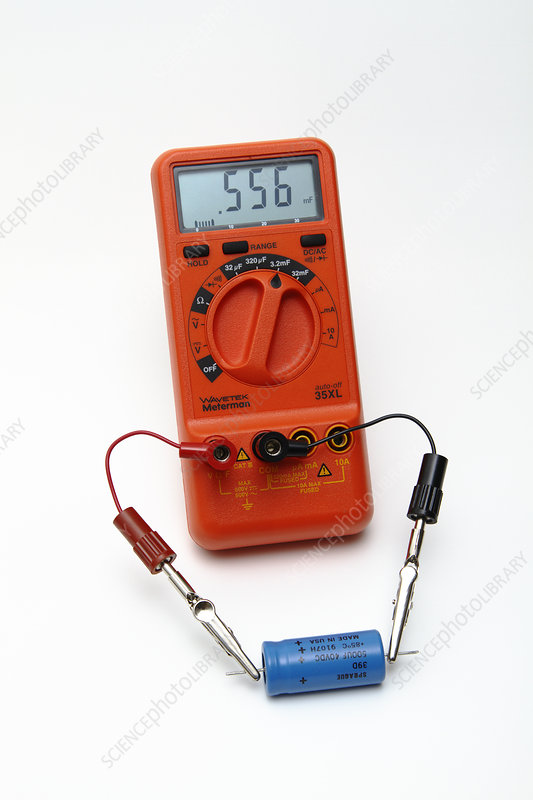 DMM measuring capacitance