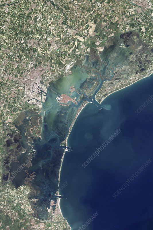 Venice and MOSE construction, Landsat 8