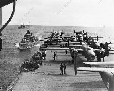 Aircraft carrier USS Hornet, 1942