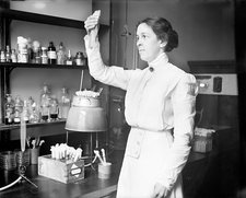Alice Evans, US food microbiologist