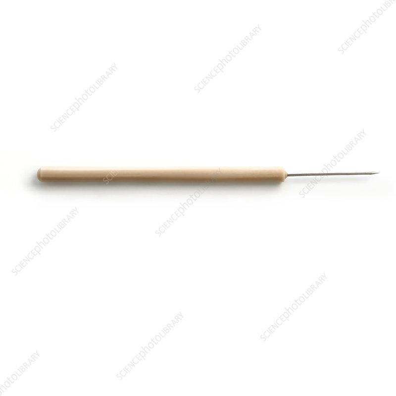 Mounted needle