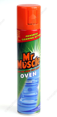 Household oven cleaner