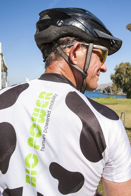 Human powered cycling top