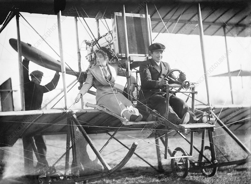 Early passenger airplane flight, 1912