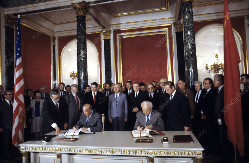Soviet US nuclear test document signing