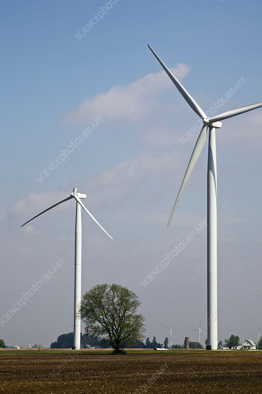 Wind turbine with missing blade