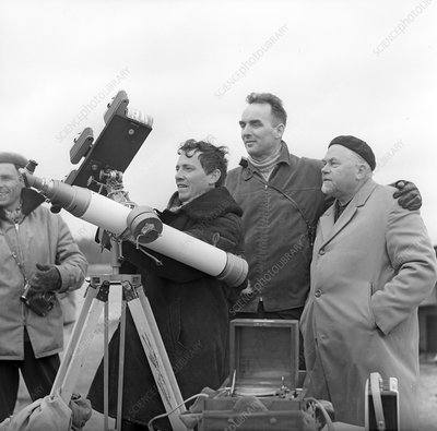 Astronomers watching solar eclipse