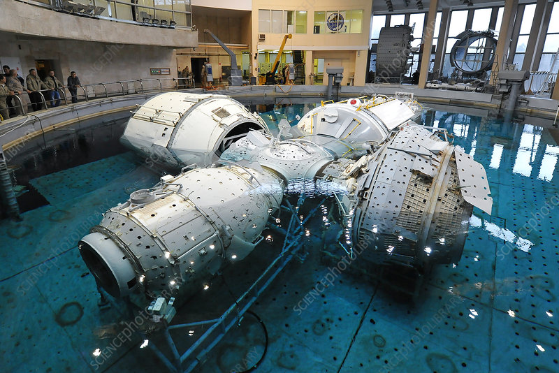 Underwater astronaut training